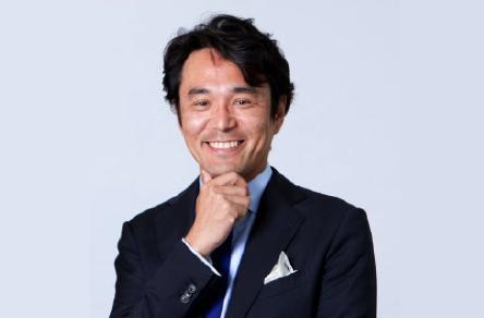 KDDI 藤井 彰人氏
